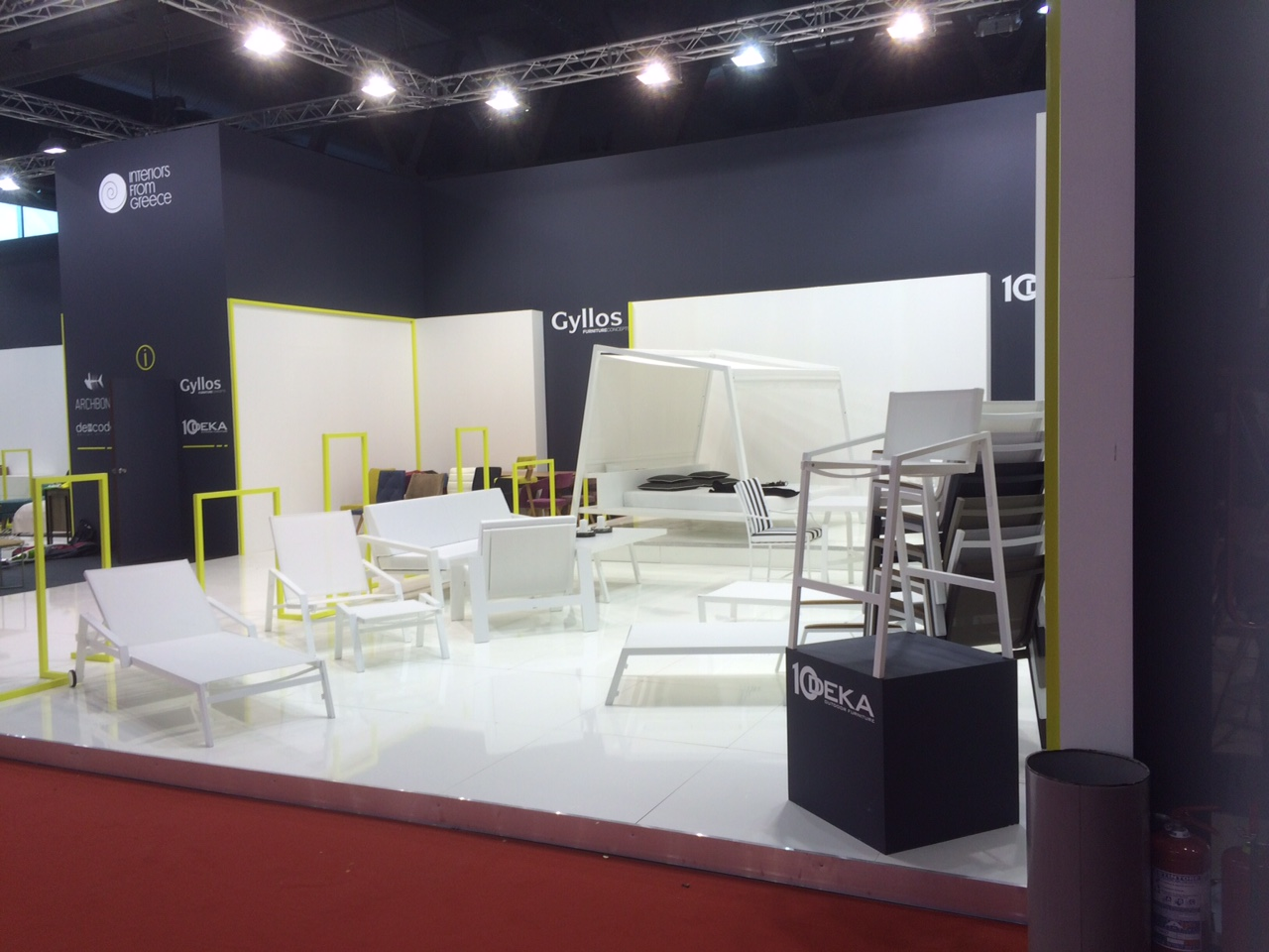 salon de milan 2015 les stands mobilier phs mobilier. Black Bedroom Furniture Sets. Home Design Ideas